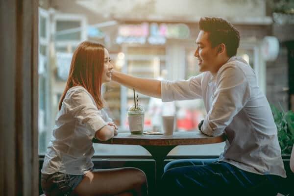 奈良県 セフレ 警戒心 セックスフレンド